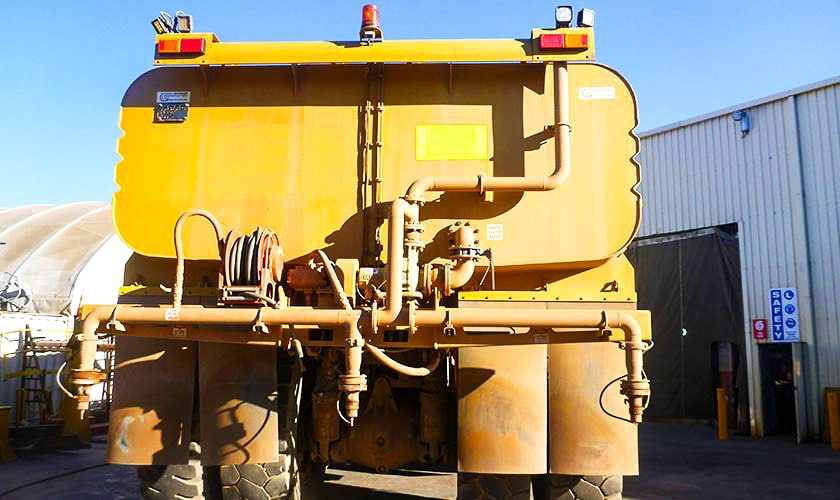 Caterpillar 773f Rigid Water Truck